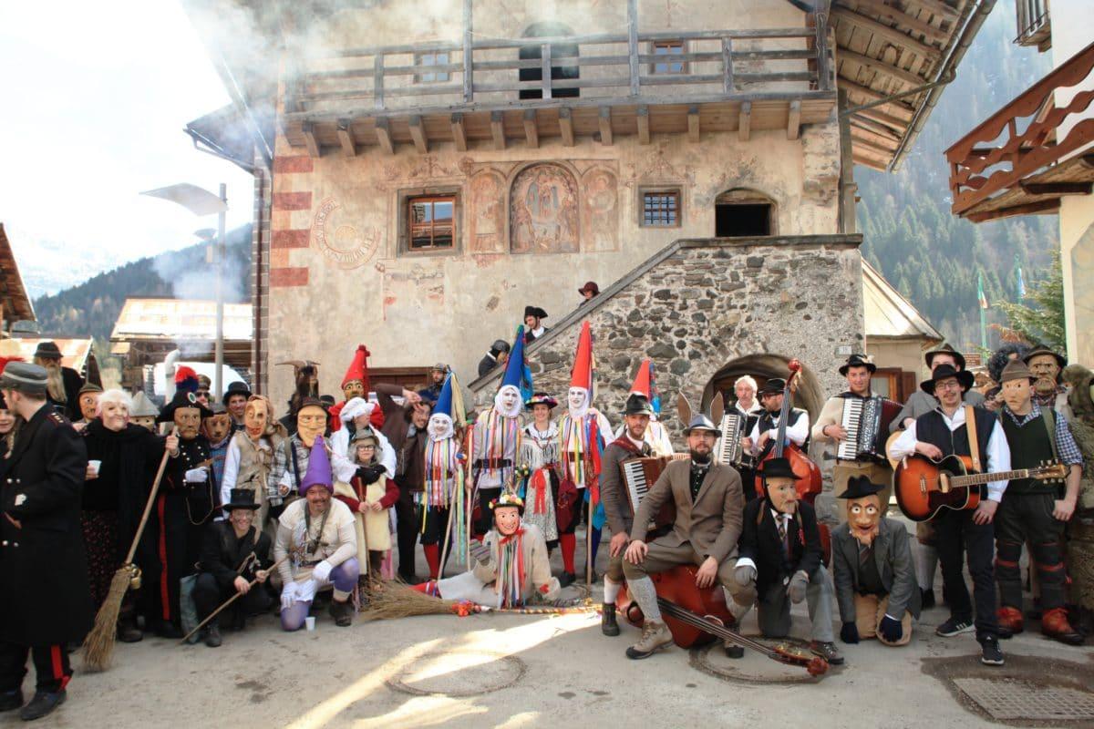 A Canale d'Agordo si celebra la Zinghenesta Scaled